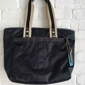 Coach black Hamptons weekend tote handbag like new